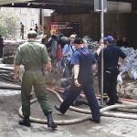 Ständige Inspektion durch Feuerwehr und Polizei, man beachte die Anzahl B-Längen...