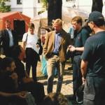Hamburg's Bürgermeister Ole von Beust informiert sich vor Ort über die Arbeit der Hamburger Kräfte
