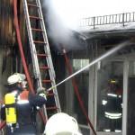 Brandbekämpfung im Zwischendeckenbereich