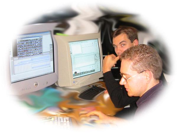 Vorne: Windowsmaster Christoph Hinten: Applemaster Björn