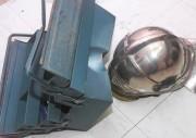 Unglaublich, was für Kräfte auf den Helm eingewirkt haben müssen!