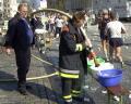 ...an einer der Wasser- und Verpflegungsstellen für die Läufer