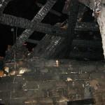 Innenansicht des zerstörten Daches ©tropp