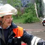 Bereichsführervertreter Bernd Breckwoldt bei der Einteilung der Trupps