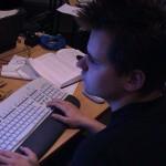 Der DME liegt gleich neben dem Keyboard, denn nur ein Einsatz könnte uns bei der Erstellung der neuen Seiten unterbrechen.