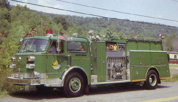 Engine in dunkelgrün