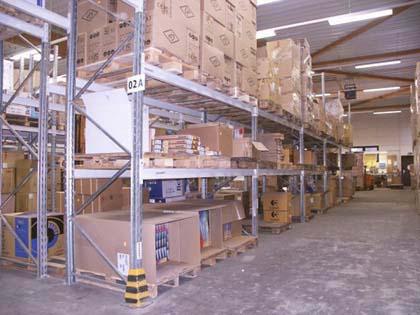 Die Logistik und Distribution stehen im Vordergrund. Um in einer der schnellsten Branchen bestehen zu können, müssen die Mitarbeiter funktionell, rationell und effektiv arbeiten.  (C) Cemos Hamburg