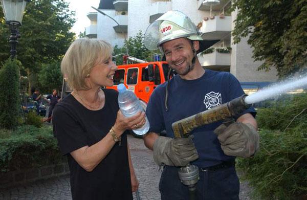 Helge Pistor von der FF Pöseldorf mit Dagmar Berghoff<br>© FF Pöseldorf
