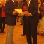 Hans Büning mit Bürgermeister Ole von Beust