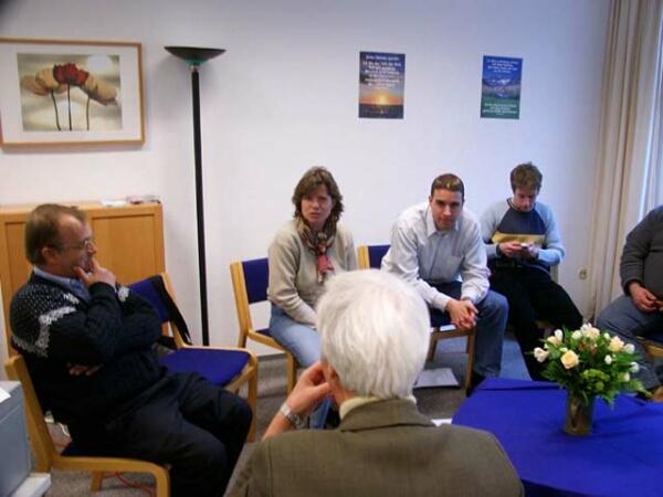 das Seminar fand im Gemeindesaal der St.Petri Kirche statt