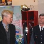 Bürgermeister von Beust und Landesbereichsführer der Freiwilligen Feuerwehr Hamburg, Hermann Jonas