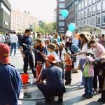 An einem Feuerwehrspiel konnten die Kinder ihre Qualitäten als zukünftige Feuerwehrmänner unter Beweis stellen.<br>© Jörn Rüffer<br>