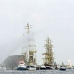 Einlaufparade des Hafengeburtstag