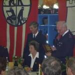 LBF Jonas bei seiner Ansprache und Übergabe einer Erinnerungstafel