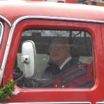 Am Steuer des historischen Pullmann-LF 16, Bj. 1958, zeigte Bernd noch einmal, dass er diese Fahrzeuggeneration auch heute noch gut beherrscht.