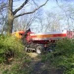 Vorort auch die Fahrzeuge WLF 25 und WLF 36 mit je 8.000 l Wasser.