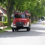 Die Feuerwehr trifft ein.
