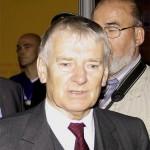 Bundesinnenminister Otto Schily auf der Interschutz