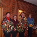 Auch den Frauen der ehemaligen DBERF sowie Fr. David wurde als Dank ein Blumenstrauss überreicht