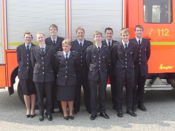 Lächeln entspannt: Janine Meyns, Lydia Oehlmann, Thies Garbers, Tanja Steinbauer, Christian Larisch, Chris Harden, Lars Rieck, Tobias Lütten, Karsten Sommer (v.l).