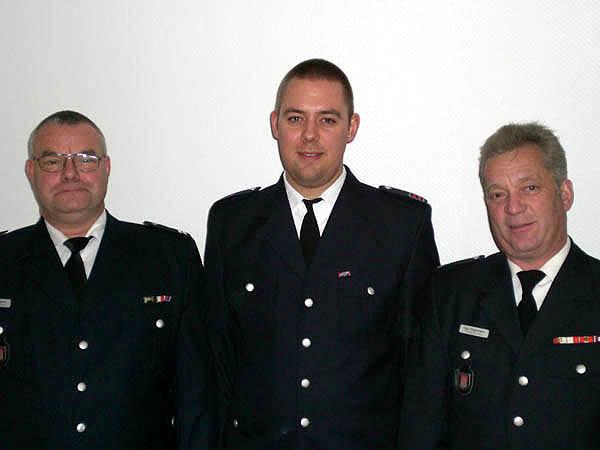 Wehrführer Jörg Plagens, Jugendfeuerwehrwart Lars Schröder und Wehrführervertreter Ingo Hagemann (von links).