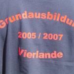 Ein T-Shirt - ein Team.