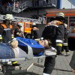 Transport zur Verletztensammelstelle