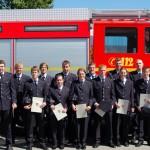 Gruppenfoto der Anwärterinnen und Anwärter des Bereiches Bergedorf nach der bestandenen Truppmannprüfung