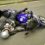 Der verunfallte Motorradfahrer, Dieter Eschweiler hat die Kurve wieder mal nicht geschafft ;o)