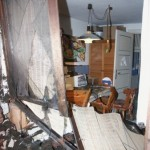 Die Bewohner des Hauses dachten zuerst, dass etwas in der Küche explodiert wäre und alarmierten daraufhin die Feuerwehr. ©C. Leimig