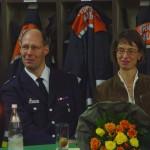 Jubilar Kay von Thienen und Ehefrau Marion lauschen den Worten der Redner
