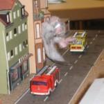 Feuer Menschenlebengefahr im 1.Obergeschoss eines Mehrfamilienhauses, eine Person im 2. Obergeschoss in Gefahr