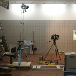 Autos raus und ratzfatz ist das kleine Fahrzeughallen-Fernsehstudio fertig