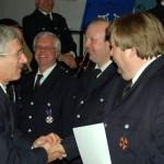 Oberbranddirektor Klaus Maurer gratulierte allen Ausgezeichneten