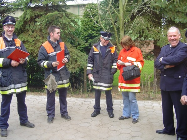 Einweisung einer Pressevertreterin in die Wettkampfbedingungen ©F 2956