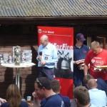 Organisator Werner Kroll bei der Siegerehrung