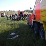 Rechts im Bild: Die Rettungstreppe der Flughafen-Feuerwehr