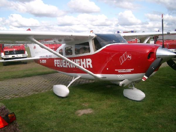 Ausgestattet sind die neuen Cessna dabei mit vielerlei Technik, Herzstück ist dabei das Garmin G 100 Flight-Management System mit einem 3-Achs Autopiloten.
