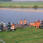 Diverse Einheiten beobachten das Geschehen.