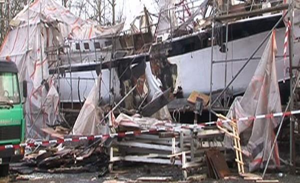 Das Schiff bei Tageslicht. Quelle: www.nonstopnews.de