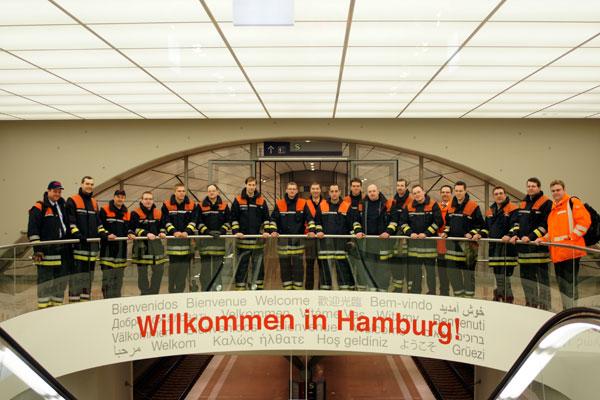 Mitglieder der FFen Altona, Lokstedt und Osdorf sowie Notfallmanager DB AG (©Graevell)