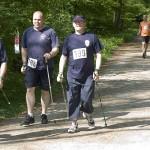 vorn: Walker der FF Rönneburg, hinten: Läufer der FF Kirchdorf, © Thies Melfsen