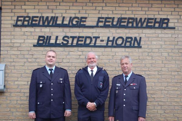 Wehrführer Matthias Proske, Bereichsführervertreter Bergedorf Jürgen Schlatermund und Wehrführervertreter Ingo Hagemann (v.l.n.r.)