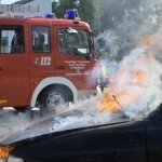 Brennt PKW nach Verkehrsunfall