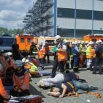 Da ein vollbesetzter Reisebus in den Unfall verwickelt war, gab es viele Verletzte