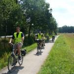 Teilnehmer der roten Radtour zwischen Winsen an der Aller und dem Lager Hörsten
