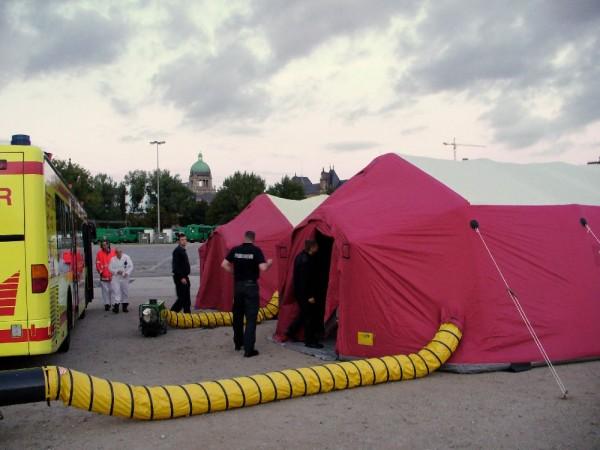 Die Zelte des Behandlungsplatzes.