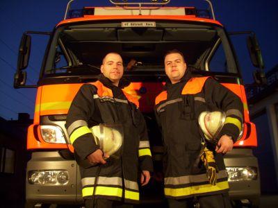 Wehrführung der FF Billstedt-Horn wieder komplett (links: Wehrführervertreter Marco Schumann / rechts: Wehrführer Matthias Proske). © Mengel, FF Billstedt-Horn