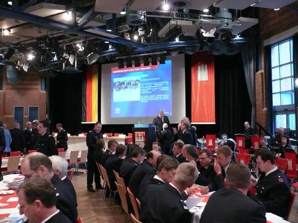 Angenehme Location - der Saal des Bürgerhauses Wilhelmsburg (c) AG MuK FF HH