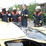 Ausbildung der Kameraden aus Tansania an der Feuerwehrakademie auch im bereich technische Hilfe  Quelle und Copyright: Reinhard Paulsen, JF Hamburg